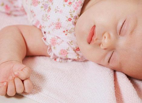 7斤小王子出生,她于这个生日收到了
