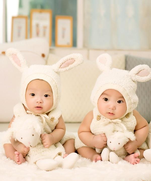 喜报:国内两次试管失败 赴美成功自怀双胞胎!