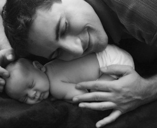 【在广州哪里做试管婴儿】_第三代试管婴儿对无精子症的男性还能生育下一代吗?