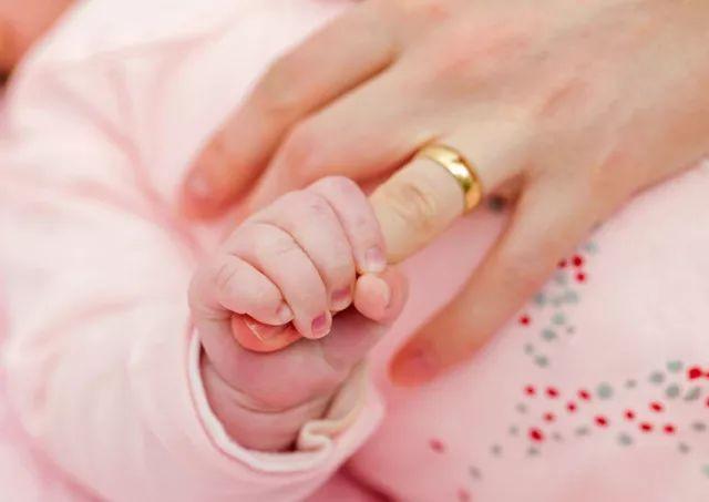 42岁的C女士多次人工授精、3次试管仍未怀孕,原来她体内含有这个东西