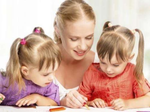【试管婴儿一次多少费用】_二胎催热美国试管婴儿 专家提醒高龄试管二胎风险