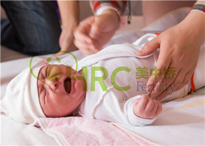 【广东省妇幼试管婴儿】_美国试管婴儿癫痫患者产后可以哺乳吗?