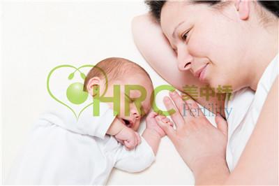 【深圳做试管婴儿多少钱】_美国试管婴儿之男性和女性的不孕症状,以及何时去看医生