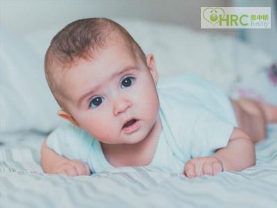 为什么美国试管婴儿生双胎会比较多呢?