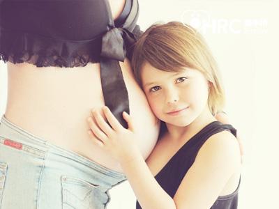【现在试管婴儿多少钱】_适合美国试管婴儿单胚胎移植人群